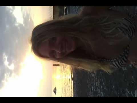 Video of Гадание на любовь по ромашке