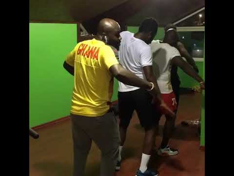 Asamoah Gyan And Friends Dancing To Green Light By DJ Cuppy Ft Tekno.