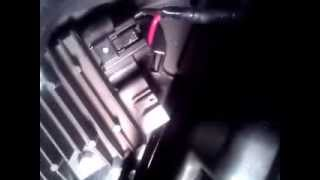 10. 2007-2008 Yamaha r1 STATOR FAULT not charging Regulator/Rectifier location read description!