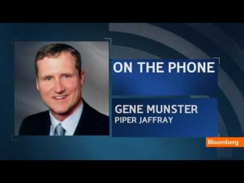Gene Munster - April 23 (Bloomberg) -- Piper Jaffray's Gene Munster, Bloomberg's Cory Johnson and Jon Erlichman discuss Apple's earnings report with Emily Chang on Bloomber...