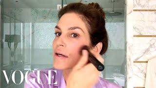 Video Cindy Crawford's Everyday Morning Beauty Routine | Beauty Secrets | Vogue MP3, 3GP, MP4, WEBM, AVI, FLV Juli 2019