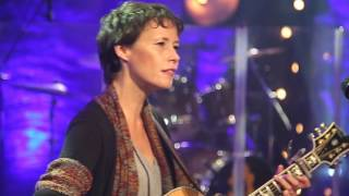 <b>Sarah Lee Guthrie</b> Catch The Wind  30Minute Music Hour On The Road