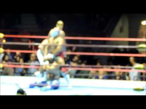 El Santo Canek vs Dr. Wagner Jr. Hijo del Solitario Tijuana 2013! by. Diiego!