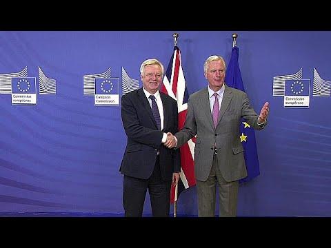 Ξεκίνησε ο δεύτερος γύρος των διαπραγματεύσεων για το Brexit