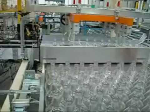 Layer formation for oval bottles