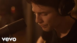 Download Lagu James Bay - Us (Acoustic) Mp3
