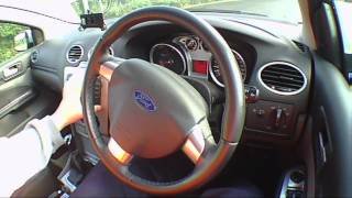 FORD FOCUS ZETEC 100 1.6 2010 Test Drive - THE UK CAR REVIEWS Funny