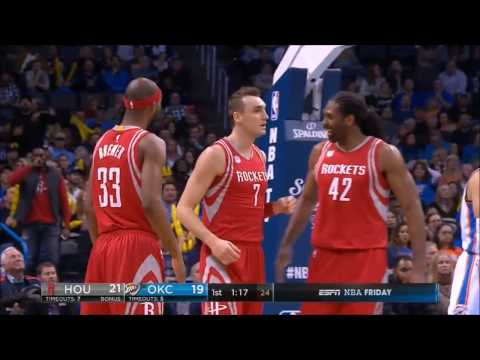 Sam Dekker dunks all over Enes Kanter (ESPN)