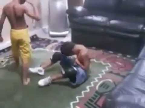 Niños que ven demasiada lucha libre…
