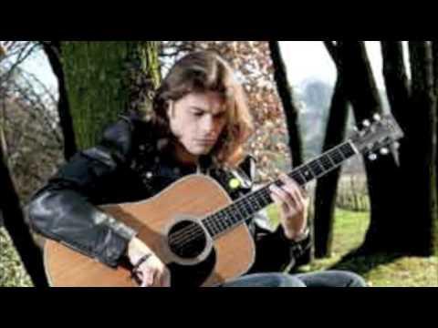 , title : 'La canzone - Gianluca Grignani'