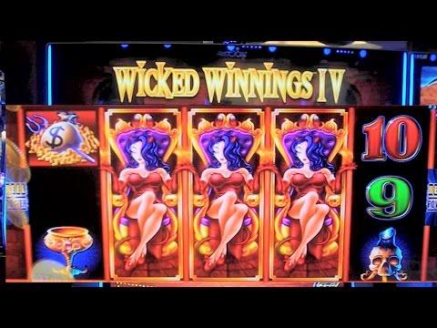 EXCLUSIVE FIRST LOOK: Wicked Winnings IV Slot Machine DEMO - HUGE WIN!