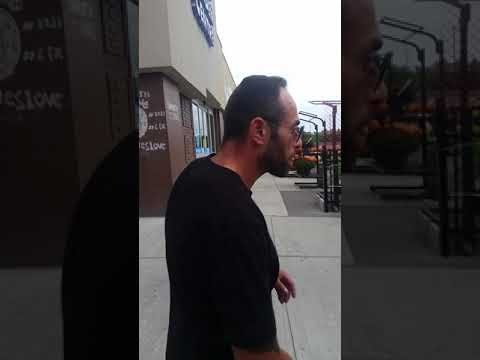 Road Rage Man Kicks Guys Truck And Runs I Try To Help Stop Him