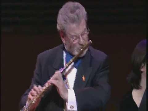 Mouquet-La Flute De Pan, 1st mvt, James Galway (видео)
