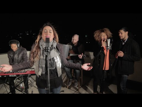 Holy Spirit & Oceans (Mash Up) [Kari Jobe / Hillsong Cover]
