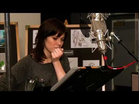tangled - Walt Disney - Making of Tangled (I See The Light Studio Version)