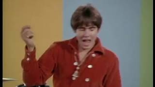 TheMonkees-DaydreamBelieverOfficialMusicVideo