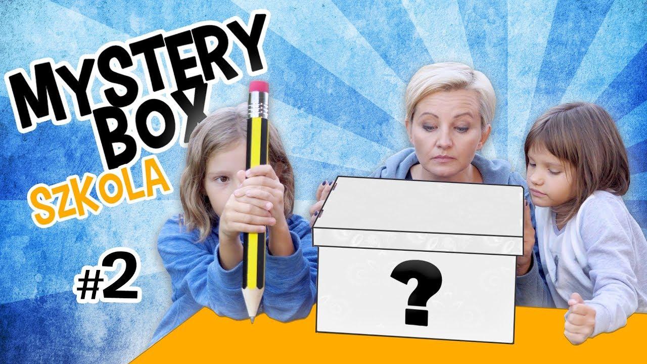 Tajemnicze pudełko z akcesoriami do szkoły - Dziewczyny Testują