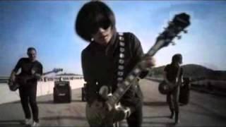 Hujan - Aku Scandal (Official Video)