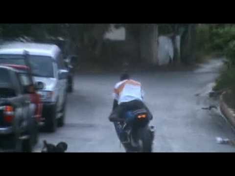 TiTo Burnout On GSXR 600 On The Wet [pART2]