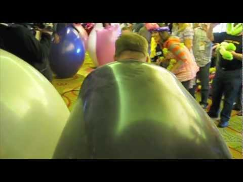 balloon convention - Jim helps set balloon world record!