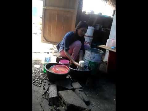 gratis download video - Rina-penjaga-warung