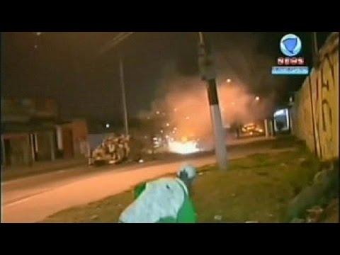 Brezilya'da gecekondu sakinleri polise direndi