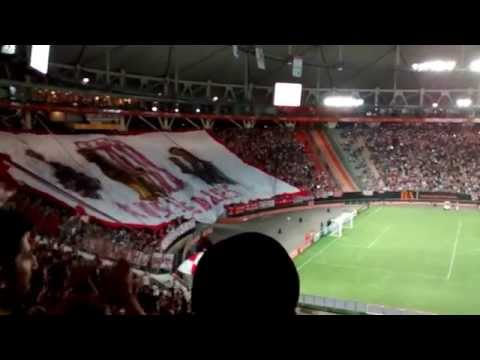 Hinchada | Recibimiento / Estudiantes 1-0 Libertad | Copa Libertadores 2015 - Los Leales - Estudiantes de La Plata