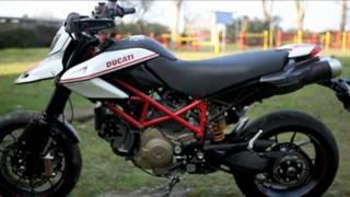 4. Aprilia Dorsoduro 1200 vs Ducati Hypermotard 1100 Evo vs KTM 990 SMR