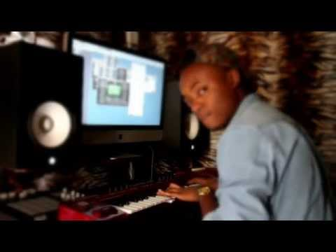 Benjamz Making A Beat(NDI IGBO Beat Breakdown)