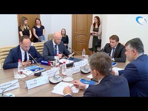 С рабочим визитом в Новгородской области находится глава Росрыболовства Илья Шестаков