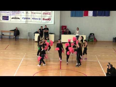 "3.12.2014. - Prvi nastup ""ad hoc"" akrobatsko-plesne skupine SSŠ"