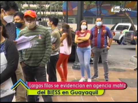 Largas filas se evidencian en agencia matriz del BIESS en Guayaquil