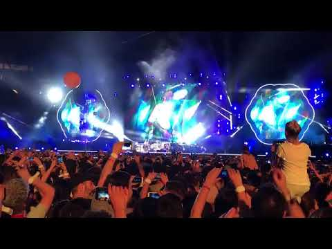"""Coldplay cantó """"De música ligera"""" durante concierto en Buenos Aires"""