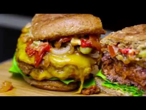 Awesome Summer Recipe: BBQ Stout Chili Summer Burger