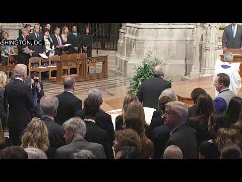 Hundreds honor late Washington Post editor Ben Bradlee