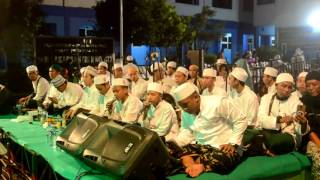 Video YA ASYIQOL MUSTHOFA - pra acara Lakarsantri Bersholawat #AMSBY MP3, 3GP, MP4, WEBM, AVI, FLV Oktober 2017