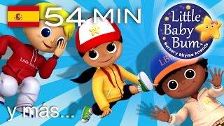 Descarga los vídeos de LBB https://bamazoo.com/littlebabybumespanolPeluches: http://littlebabybum.com/shop/plush-toys/© El Bebe Productions Limited00:04 Allá vamos, Looby Loo01:51 Un, dos, me ato el zapato02:57 La marinera fue al mar, mar, mar04:38 Da palmadas06:21 Giramos alrededor del moral08:05 Enrolla la bobina09:59 La sintonía de Little Baby Bum11:17 Johny, Johny. ¿Sí, papá?12:27 El oso subió a la montaña14:18 BINGO - Parte 216:36 Quiquiriquiquí18:12 En la bahía19:55 En mi coche me voy - Parte 221:25 Come más verduras22:56 El granjero del valle24:10 La canción de cumpleaños feliz25:17 Cabeza, hombros, rodillas, pies - Parte 227:53 Si te sientes muy feliz, ¡aplaude así! - Parte 129:45 Cinco gatitas saltaban en la cama31:23 Está lloviendo, diluviando32:29 Jack, sé ágil34:07 Diez botellas36:09 El número 437:42 El viejo rey Cole39:17 Abre y cierra40:55 Naranjas y limones42:23 ¡Pop! La comadreja44:03 Si te sientes muy feliz, ¡aplaude así! - Parte 245:48 Al corro de las flores47:17 La canción de las horas48:56 El viejito toca un uno51:45 Cabeza, hombros, rodillas, pies - Parte 1