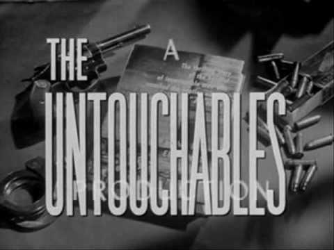 Los Intocables (intro español neutro)