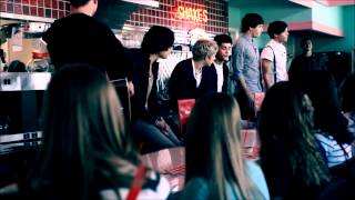 One Direction - VEVO GO Shows What Makes You Beautiful FAST