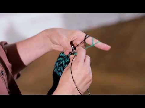Mütze und Handschuhe mit Muster stricken lernen – Anleitung Intro