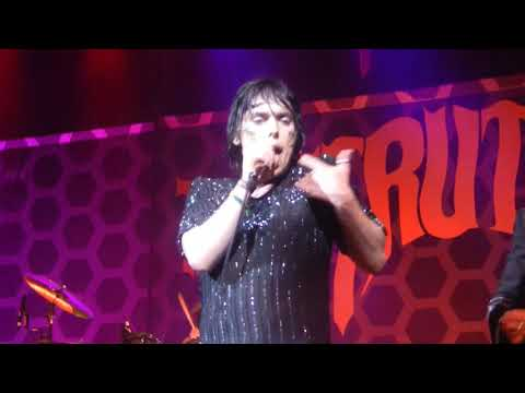 THE STRUTS: IN LOVE WITH A CAMERA, LIVE, HOUSTON, TX HOUSE OF BLUES, 05/07/2019