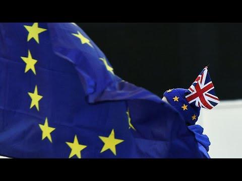 Brexit: Ταράζουν τα νερά Μπόρις Τζόνσον και Νάιτζελ Φάρατζ…
