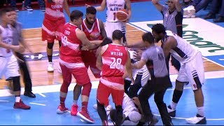 Erram with a hard foul on Phelps | PBA Governors' Cup 2018