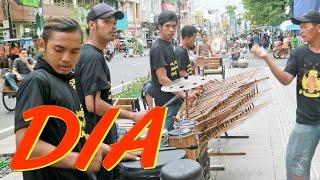 DIA Anji - Angklung Malioboro (Pengamen Jogja) Carehal Cari Rejeki Halal Video