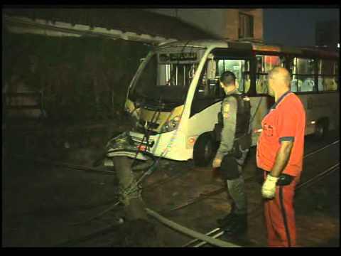 Acidente Santa Teresa - Repórter Rio 25/10/2011