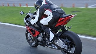 Video Best Sport-Bike Motorcycles Exhaust Sound @ Fly By @ In The World 2015 Part 6!!!! MP3, 3GP, MP4, WEBM, AVI, FLV Mei 2019