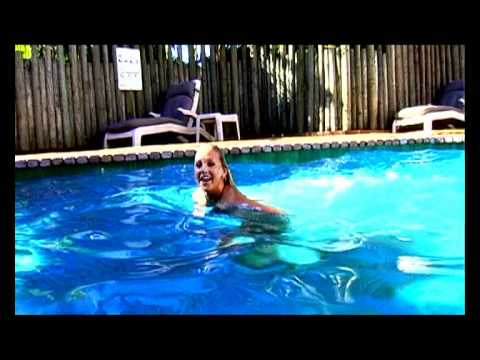 Wideo Aquarius Backpackers Byron Bay
