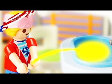 Playmobil Movie - MARVIN PEES in HOSPITAL SINK!