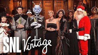 Video Kristen Wiig's Thanksgiving Monologue - SNL MP3, 3GP, MP4, WEBM, AVI, FLV Desember 2018