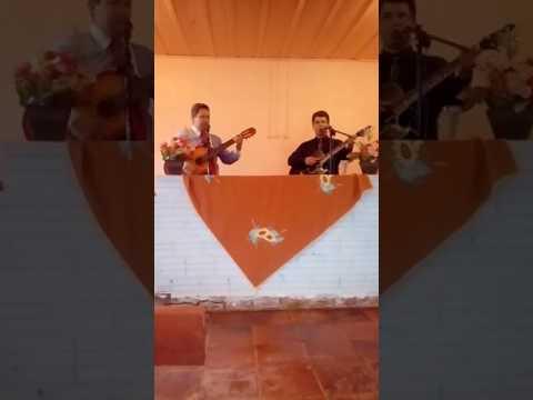 Gelson e josias relembrando hinos antigos na Colonia nova em Miraguai.no interior do rs.